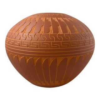 1990s Navajo Incised Redware Vase Signed by Artist Susie Charlie For Sale