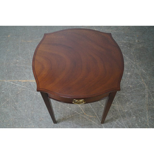 Hepplewhite Kindel Winterthur Collection Mahogany Inlaid Hepplewhite Style Occasional Table (A) For Sale - Image 3 of 11