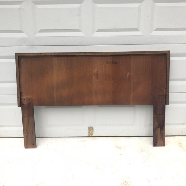 Mid-Century Modern Mid-Century Modern Queen Size Bed Headboard For Sale - Image 3 of 7