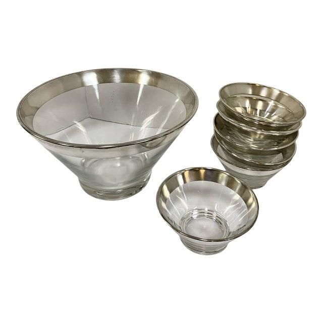 1960s Dorothy Thorpe Silver Rim Glass Salad Bowl Set - 7 Pieces For Sale