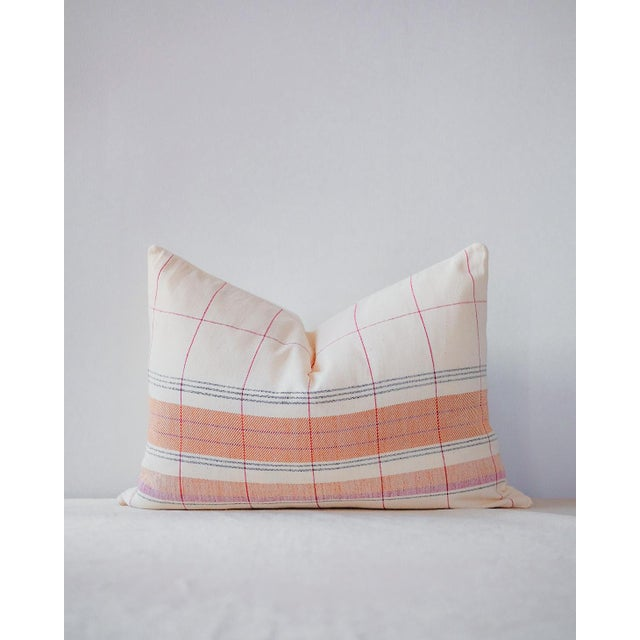 Razia Organic Handwoven Pillow with Insert For Sale In New York - Image 6 of 6