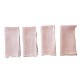 Pink Linen Napkins With White Overlock Stitch Edges - Set of 4 For Sale