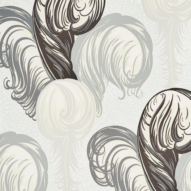 Contemporary Sample - Schumacher X Paul Poiret PlumesWallpaper in Champagne For Sale - Image 3 of 3