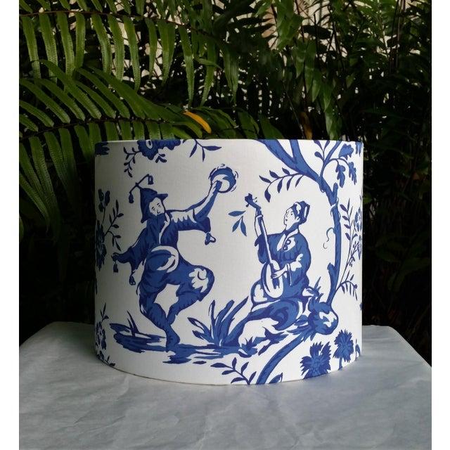 Cobalt Blue White Cotton Duralee Suri Fabric Drum Lampshade For Sale - Image 11 of 11