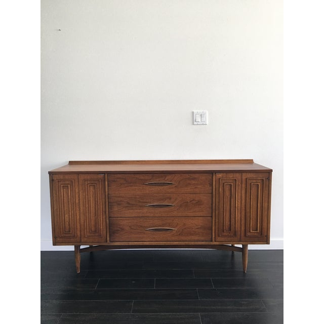 160s Mid Century Modern Broyhill Sculptura Walnut Credenza For Sale - Image 13 of 13