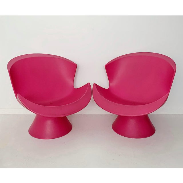 Contemporary Modern Karim Rashid Pink Kite Lounge Chairs- A Pair For Sale - Image 3 of 9