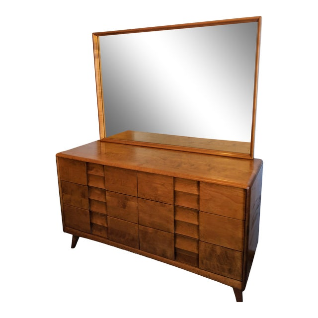 1950s Mid-Century Modern Heywood-Wakefield Trophy Suite Dresser With Mirror For Sale
