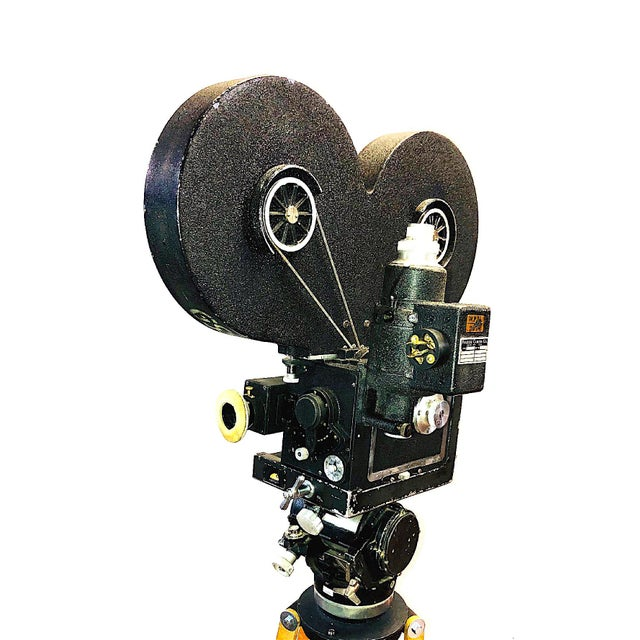 Art Deco 35mm Circa 1949 Mitchell Motion Picture Cinema Camera for Display For Sale - Image 3 of 7