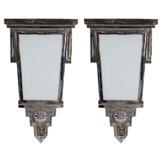 EXCEPTIONAL ART DECO PAIR OF NICKLED BRONZE WALL SCONCES For Sale