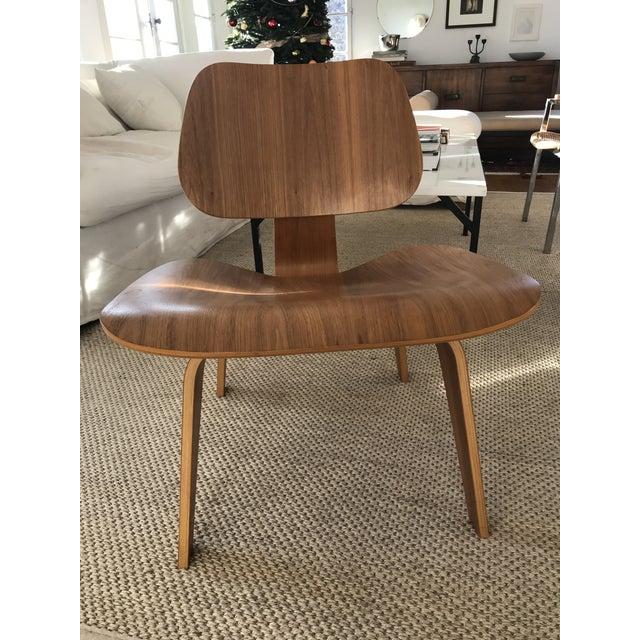 Herman Miller Modern Lcw Eames Molded Plywood Chair For Sale - Image 4 of 7