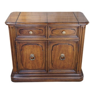 Henredon Traditional Ash Wood Flip Top Rolling Buffet or Server Dry Bar For Sale