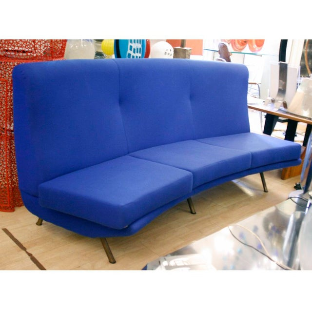 A very rare curved 3 sitter sofa upholstered in Blue Klein,1950s Italian design by Marco Zanuso for Arflex Meda, Milano