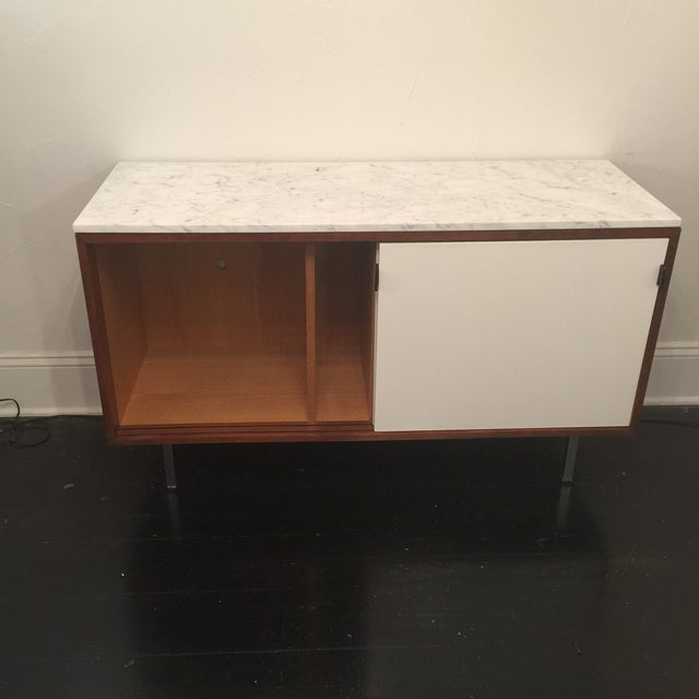 Florence Knoll Bianco Marble Top Credenza - Image 5 of 11