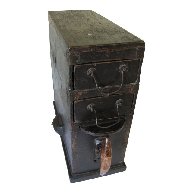 1910s Black Wooden Chinese Bellows Box For Sale