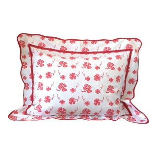 Coral and Red Four Leaf Clover Print Standard Pillow Sham For Sale
