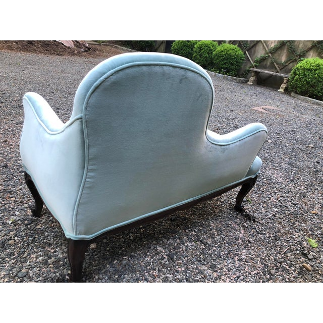 Traditional 1970s Vintage Tiffany Blue Curvy Settee For Sale - Image 3 of 10