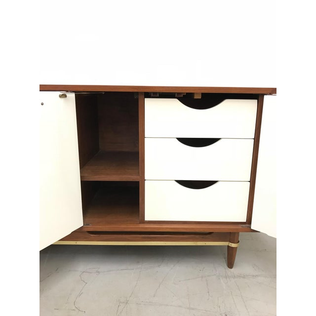 Gold 1960s Mid Century Modern American of Martinsville Walnut Credenza For Sale - Image 8 of 12