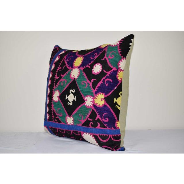 "Mid-Century Modern Turkish Suzani Pillow 24"" X 24"" For Sale - Image 3 of 6"