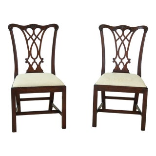 Pair of Henkel Harris Model 107 Mahogany Dining Room Side Chairs For Sale