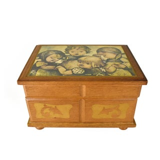 Vintage Laurel Japan Movement Wooden Musical Jewelry Trinket Box Preview