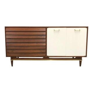1960s Mid Century Modern American of Martinsville Walnut Credenza For Sale