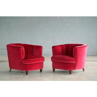 Viggo Boesen Style Pair of 1950s Danish Low Club or Lounge Chairs in Velvet Preview
