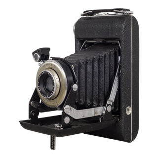 "Antique Kodak ""No. 1 Diomatic"" Folding Camera and Leather Case C.1930 For Sale"