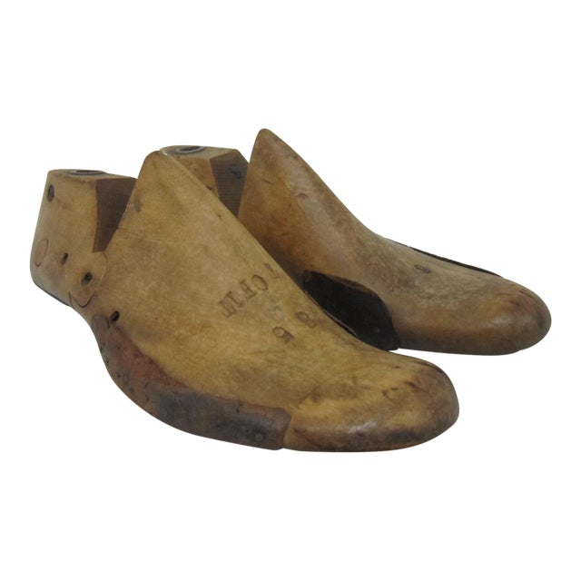 Wooden Shoe Forms- A Pair - Image 1 of 5