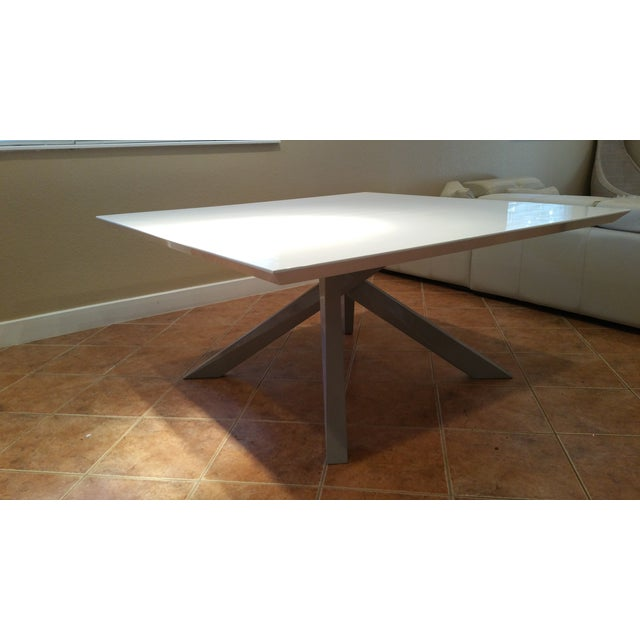 Contemporary White Lacquered Dining Table - Image 9 of 9