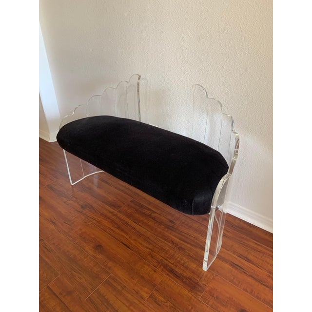 """Charles Hollis Jones 1970s Vintage Charles Hollis Jones for Hill Mfg Clear Lucite """"Angel Wings"""" Bench For Sale - Image 4 of 12"""