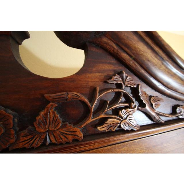 Chippendale Chippendale / Queen Anne Style Display Cabinet with Ball and Claw Feet For Sale - Image 3 of 12