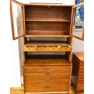 Mid Century Modern China Cabinet/Hutch by Arthur Umanoff for Cavalier Dimension Preview