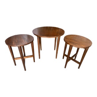 1950s Mid Century Danish Walnut Drop Leaf Nesting Side Tables - Set of 3 For Sale