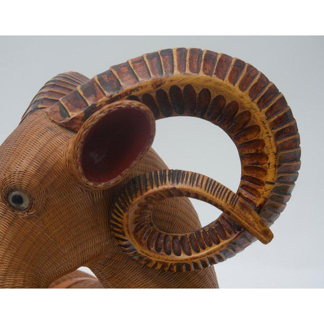 Vintage Mid-Century Handwoven Straw Ram Figure Box For Sale - Image 10 of 13