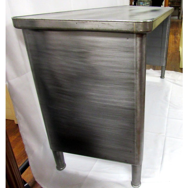 Industrial 1960s Industrial Adjustable Height Console Table For Sale - Image 3 of 7