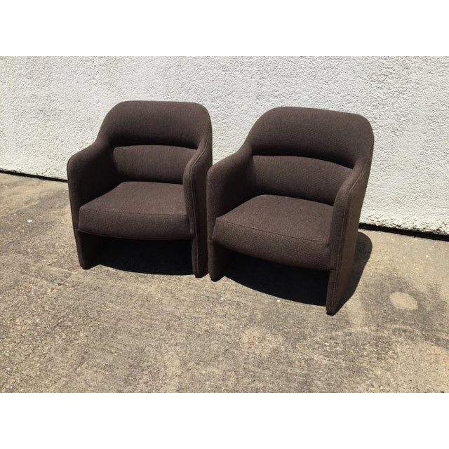 Mid-Century Modern 1980s Vintage Milo Baughman for Thayer Coggin Barrel Back Tub Accent Chairs- A Pair For Sale - Image 3 of 12