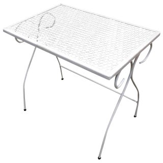 Woodard Mesh Steel Outdoor/Patio Nesting Side Tables, Set of 3, Circa 1950 For Sale
