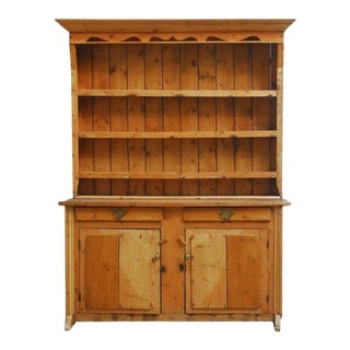19th Century English Pine Welsh Cupboard Dresser with Rack For Sale