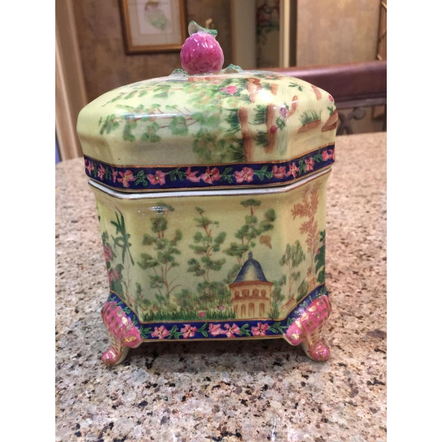 Chinoiserie Lidded Box Uw 1897 For Sale - Image 11 of 13