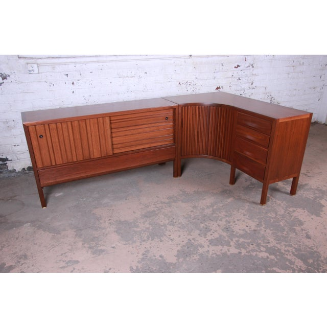 1950s Edward Wormley for Dunbar Curved Two-Piece Corner Credenza For Sale - Image 13 of 13