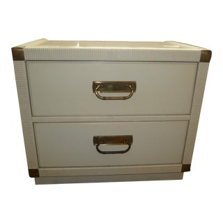 Mid-Century Modern Drexel White Champaign Lacquered Wicker & Wood Side Table / Nightstand For Sale