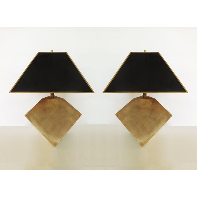 1980s Pair of Geometric Form Sculptural Brass Lamps Manner of Gabriella Crespi For Sale - Image 5 of 5