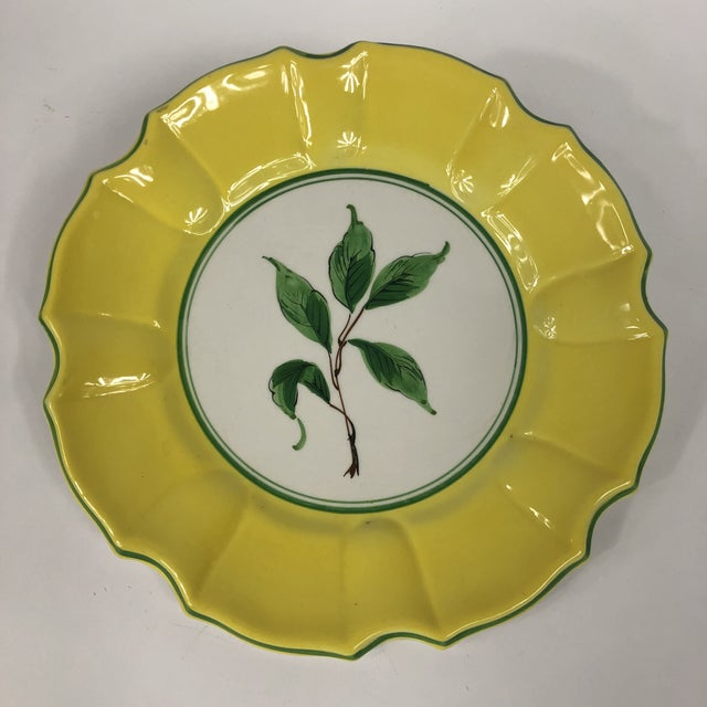 Mid 20th Century Italian Yellow and Green Hand Painted Leaf Salad/Dessert Plate - Set of 5 For Sale - Image 5 of 11