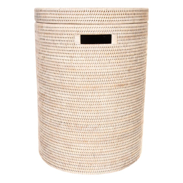 Artifacts Rattan Round Hamper With Lid For Sale