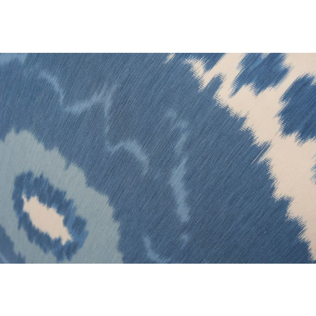 A true warp print produced with traditional Ikat methods, Samarkand Ikat II is a signature Schumacher design that is...