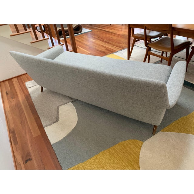 1950s Vintage Mid Century Modern Elegant Sofa For Sale - Image 5 of 13
