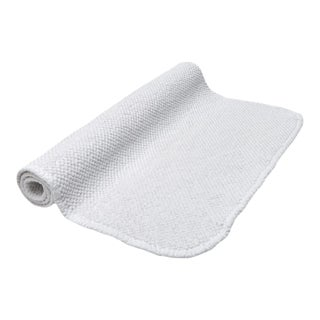 Grano Bath Mat in White For Sale
