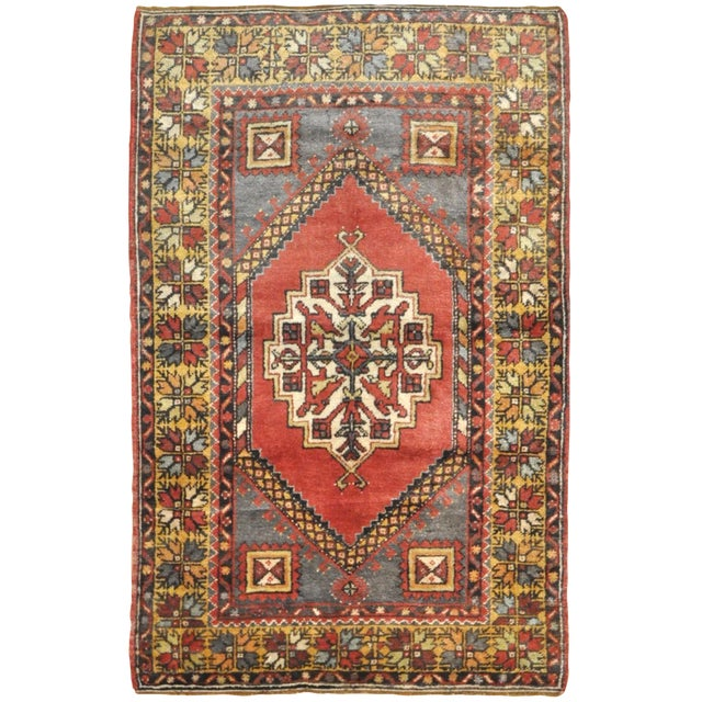 Vintage Handmade Oriental Rug - 3′6″ × 5′7″ For Sale
