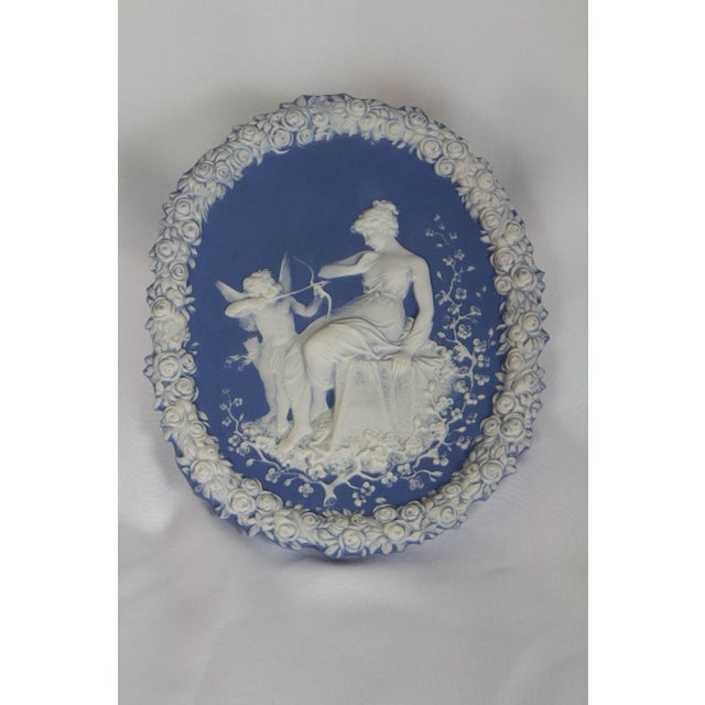 Traditional Oval Blue and White Jasperware Plaque For Sale In Boston - Image 6 of 6