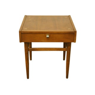 """Mid Century Modern American of Martinsville 21"""" Square Accent End Table For Sale"""